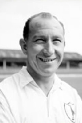 Image from http://www.tottenhamhotspur.com/sites/spurs/History%20of%20the%20Club/great-players/ron-burgess.page