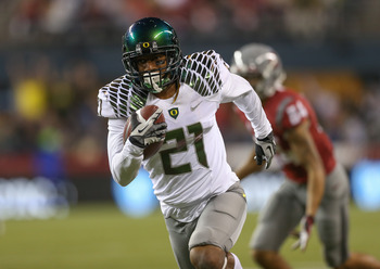 Avery Patterson nabs an interception against Washington State
