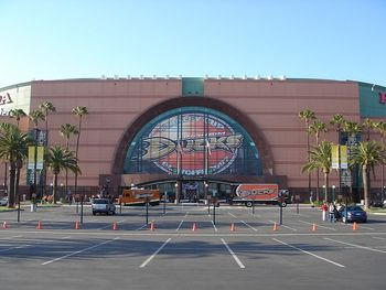 Hondacenter_display_image
