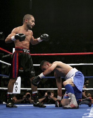 "Though he's not won a major title fight since 2011, Darchinyan, nicknamed ""Raging Bull,"" remains among the sport's premier action fighters."