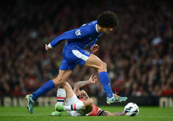 Signing Fellaini would essentially fix City's midfield issues.