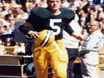 http://keepingscore.blogs.time.com/2008/12/13/top-10-heisman-trophy-winners/slide/paul-hornung-1956/