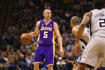 Steve Blake is the Lakers' best alternative guard to supplement Steve Nash.