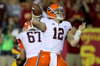 Justin Pugh (67) protected QB Ryan Nassib's blindside in his final year at Syracuse.