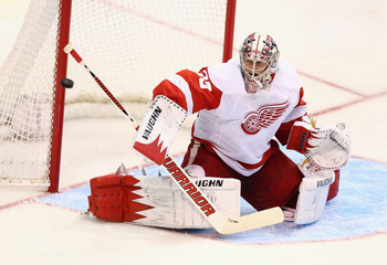 Hello, I'm Jimmy Howard, just jump on my back and we'll get to the postseason.