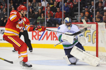 Luongo's final two outings of the season didn't help ease the minds of Canucks fans.
