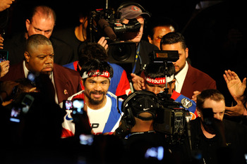Mayweather should fight Manny Pacquiao before he retires.