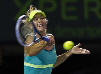 Maria Sharapova in striking distance of No. 1