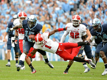 Amerson lays a hit on the UNC ball-carrier.