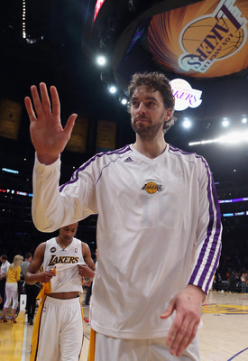 A Pau-Dwight tandem makes so much sense for the Lakers in 2013-14 season.