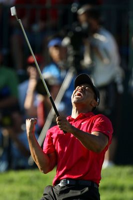 Tiger Woods holed the putt to force the playoff with Rocco Mediate in the 2008 U.S. Open