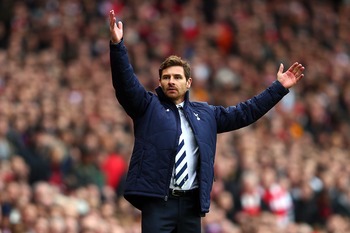 LONDON, ENGLAND - NOVEMBER 17:  Andre Villas Boas of Tottenham Hotspur reacts during the Barclays Premier league match between Arsenal and Tottenham Hotspur at Emirates Stadium on November 17, 2012 in London, England.  (Photo by Clive Rose/Getty Images)