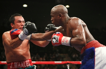 Mayweather dominated Marquez back in 2009.
