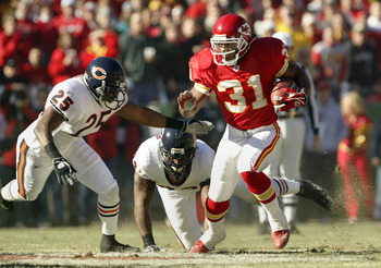 Priest Holmes was eventually chased down by his young understudy.