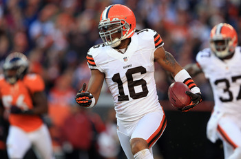Josh Cribbs would be a dynamic addition to the 49ers' scoring weaponry.