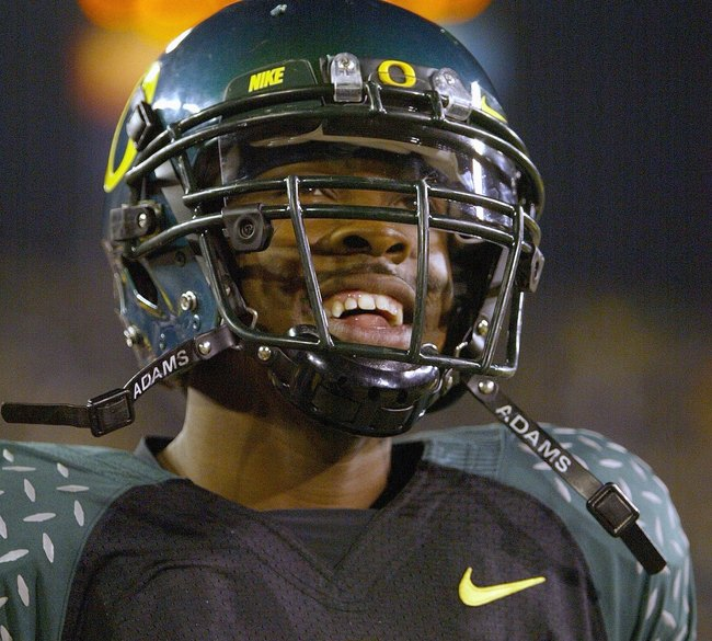 EUGENE, OR - NOVEMBER 03: Dennis Dixon #10of the Oregon Ducks looks on during the game against the Arizona State Sun Devils at Autzen Stadium on November 3, 2007 in Eugene, Oregon. The Ducks defeated the Sun Devils 35-23. (Photo by Otto Greule Jr/Getty Im