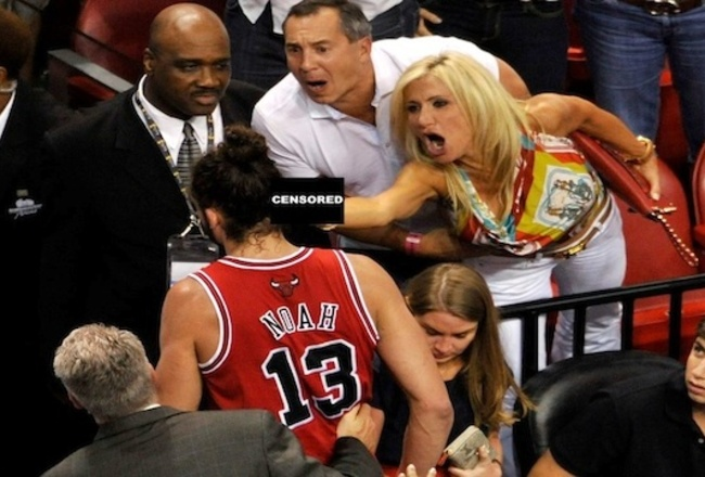 Miami-heat-fan-middle-finger_crop_650x440