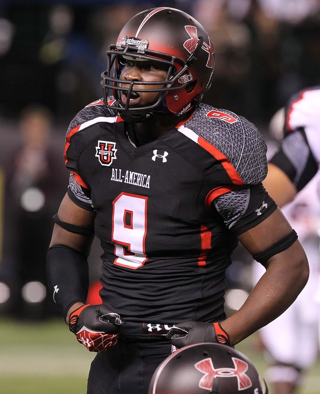 January 5, 2012; St. Petersburg, FL, USA; Black team defensive end Noah Spence (9) during the first half of the Under Armour All-America high school Game at Tropicana Field. Mandatory Credit: Kim Klement-USA TODAY Sports