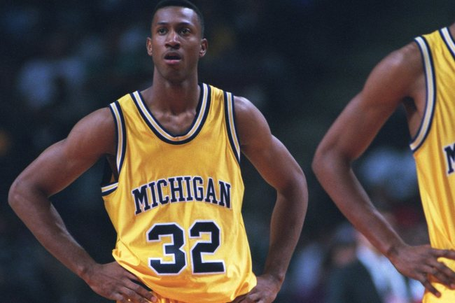 30 NOV 1994:  JEROD WARD OF THE MICHIGAN WOLVERINES DURING THE 78-57 LOSS TO THE ARIZONA WILDCATS AT THE PALACE IN AUBURN HILLS, MICHIGAN.  Mandatory Credit: Todd Rosenberg/ALLSPORT