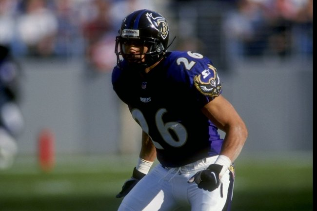 29 Nov 1998:  Cornerback Rod Woodson #26 of the Baltimore Ravens in action during the game against the Indianapolis Colts at the Memorial Stadium in Baltimore, Maryland. The Ravens defeated the Colts 38-31. Mandatory Credit: Scott Halleran  /Allsport