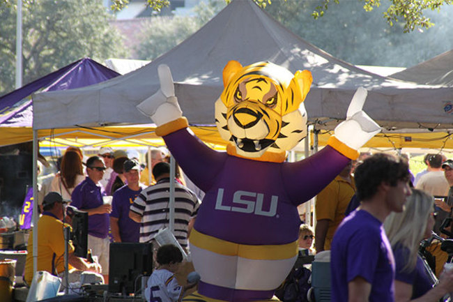 Pict_excllsu_tailgating2_crop_650