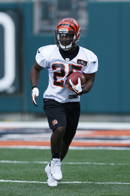 CINCINNATI, OH - MAY 12: Running back Giovani Bernard #25 of the Cincinnati Bengals works out during a rookie camp at Paul Brown Stadium on May 12, 2013 in Cincinnati, Ohio. (Photo by Joe Robbins/Getty Images)