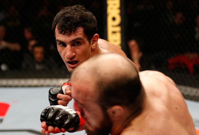 Ufuel9_13_mousasi_vs_latifi_011_crop_650x440