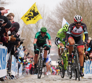 Fabian Cancellara dominated Peter Sagan and others at the 2013 Tour of Flanders.