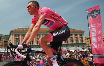 Ryder Hesjedal spent one day in pink at the Giro. Day one.