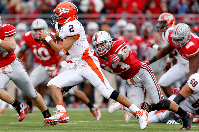 COLUMBUS, OH - NOVEMBER 03:  Nathan Williams #43 of the Ohio State Buckeyes chases down Nathan Scheelhaase #2 of the Illinois Illini on November 3, 2012 at Ohio Stadium in Columbus, Ohio. Ohio State defeated Illinois 52-22. (Photo by Kirk Irwin/Getty Imag