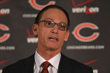 LAKE FOREST, IL - JANUARY 17:  Marc Trestman is introducted as the new head coach of the Chicago Bears at Halas Hall on January 17, 2013 in Lake Forest, Illinois.  (Photo by Jonathan Daniel/Getty Images)