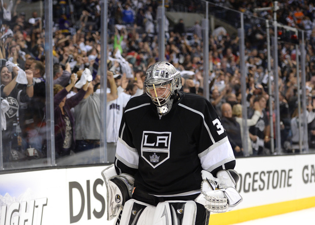 LOS ANGELES, CA - JUNE 04:  Goaltender Jonathan Quick #32 of the Los Angeles Kings reacts after a goal by teammate Dwight King #74 of the Los Angeles Kings (not in photo) in the third period of Game Three of the Western Conference Final against the Chicag