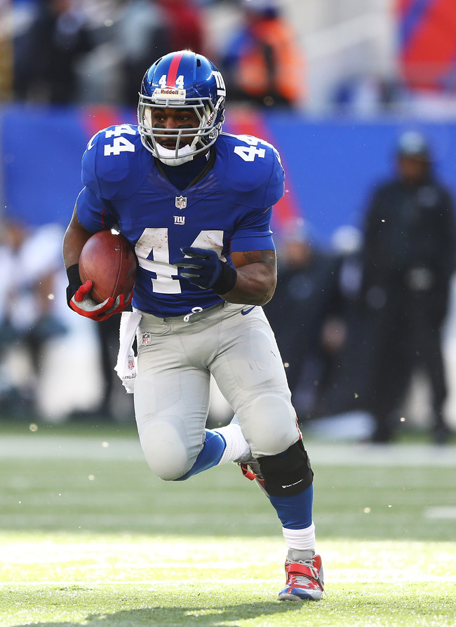 EAST RUTHERFORD, NJ - DECEMBER 30:  Ahmad Bradshaw #44 of the New York Giants in action during their game against the Philadelphia Eagles at MetLife Stadium on December 30, 2012 in East Rutherford, New Jersey.  (Photo by Al Bello/Getty Images)