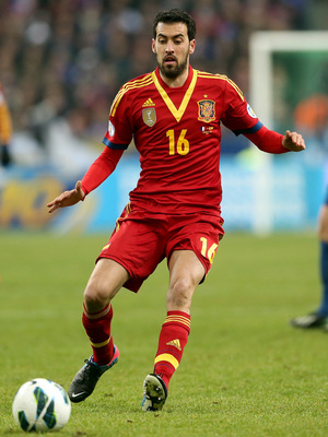 PARIS, FRANCE - MARCH 26:  Sergio Busquets of Spain during a FIFA 2014 World Cup Qualifier between France and Spain at Stade de France on March 26, 2013 in Paris, France.  (Photo by Scott Heavey/Getty Images)