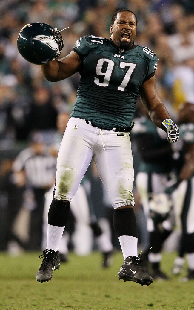 PHILADELPHIA, PA - SEPTEMBER 30:  Defensive tackle Cullen Jenkins #97 of the Philadelphia Eagles reacts after a missed field goal by the New York Giants at Lincoln Financial Field on September 30, 2012 in Philadelphia, Pennsylvania.  (Photo by Alex Trautw