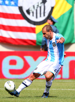 EAST RUTHERFORD, NJ - JUNE 9: Pablo Zabaleta #4 of Argentina during the first half of an international friendly soccer match against Brazil on June 9, 2012 at MetLife Stadium in East Rutherford, New Jersey. (Photo by Rich Schultz/Getty Images)