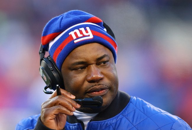EAST RUTHERFORD, NJ - DECEMBER 30:  Perry Fewell, Defensive Coordinator for the New York Giants looks on against the Philadelphia Eagles at MetLife Stadium on December 30, 2012 in East Rutherford, New Jersey.  (Photo by Al Bello/Getty Images)