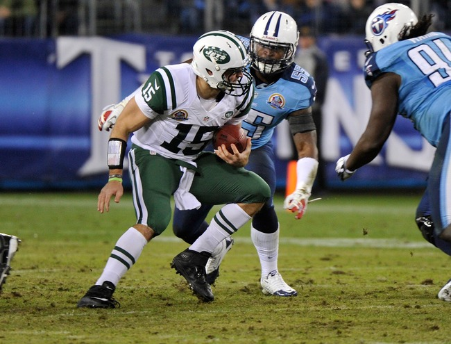 NASHVILLE, TN - DECEMBER 17:  Zach Brown #55 of the Tennessee Titans sacks Tim Tebow #15 of the New York Jets at LP Field on December 17, 2012 in Nashville, Tennessee.  (Photo by Frederick Breedon/Getty Images)
