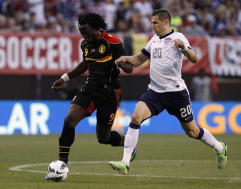 CLEVELAND, OH - MAY 29:  Geoff Cameron #20 of the U.S. Mens National Team fights for the ball with Romelu Lukaku #9 of Belgium during their International Friendly match at FirstEnergy Stadium on May 29, 2013 in Cleveland, Ohio.  (Photo by Matt Sullivan/Ge