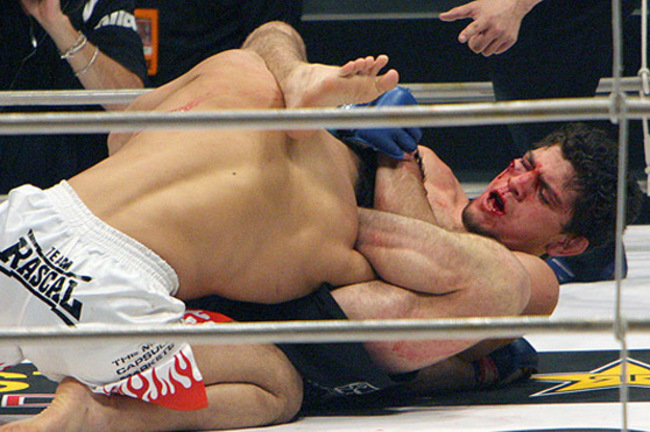 Nick_diaz_fan_gets_tattoo_of_his_hero_submitting_takanori_gomi_original_crop_650