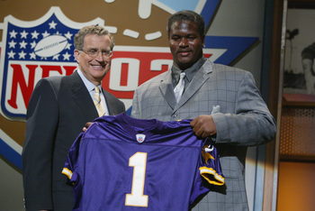 Prior to selecting Bryant McKinnie No. 7 in 2002, the Minnesota Vikings thought they orchestrated a deal to move up to No. 6.