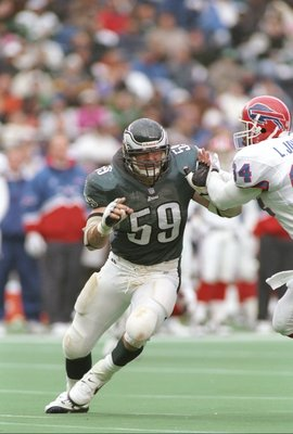 10 Nov 1996:  Linebacker Mike Mamula of the Philadelphia Eagles runs down the field during a game against the Buffalo Bills at Veterans Stadium in Philadelphia, Pennsylvania.  The Bills won the game 24-17. Mandatory Credit: Rick Stewart  /Allsport