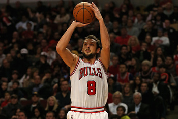 Belinelli could become the Raptors' top three-point threat.