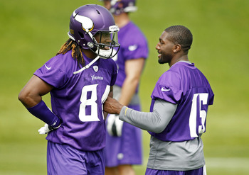 Greg Jennings' ability to instruct young receivers, like Cordarrelle Patterson, is already in motion, Adrian Peterson said.