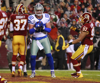 Witten scores a touchdown against Washington in December.