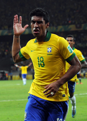 Paulinho waves goodbye to Corinthians.
