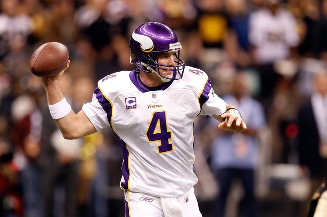 NEW ORLEANS - JANUARY 24:  Brett Favre #4 of the Minnesota Vikings throws a pass against the New Orleans Saints during the NFC Championship Game at the Louisana Superdome on January 24, 2010 in New Orleans, Louisiana. The Saints won 31-28 in overtime. (Ph