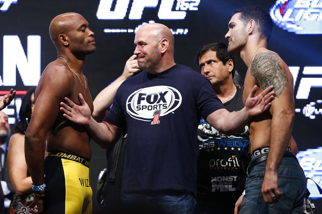 035_anderson_silva_and_chris_weidman_gallery_post_crop_650