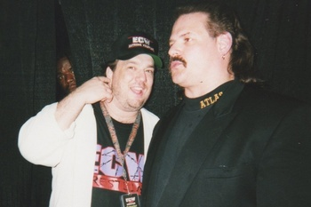 Paul Heyman with an Atlas Security employee at a 1998 ECW event (Photo by Robert Newsome)