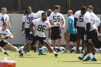There are high expectations for Star Lotulelei (96) this season.
